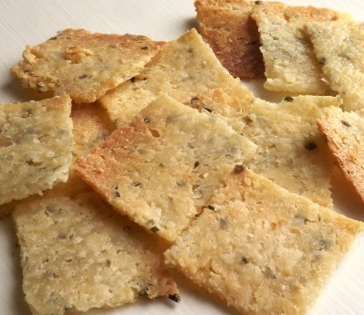 Low Carb Sour Cream Chive Crackers