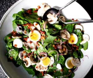 Bacon Egg Spinach And Onion Salad