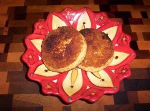 Low Carb Cauliflower Polenta Cakes